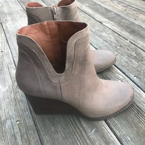 Lucky Brand Leather Wedge Booties Size 10